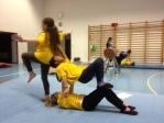 Akrobatik in der Turnstunde